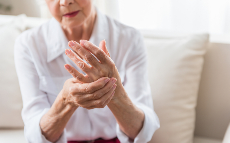 Chás Caseiros Para Reumatismo e Dores Reumáticas
